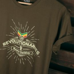 Revolutionaries Roots Soldier tshirt | olivové